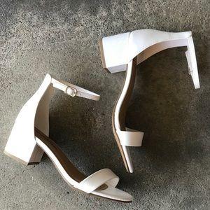 City Clasified White Basic Ankle Strap Heel Sandal